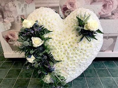 funeral flowers heart
